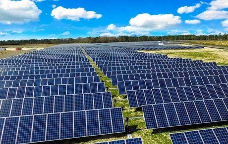 بهترین سرمایهگذاری تاسیس نیروگاه خورشیدی است