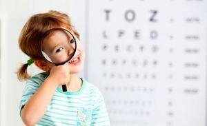 ۸ نشانه ی تنبلی چشم کودکتان