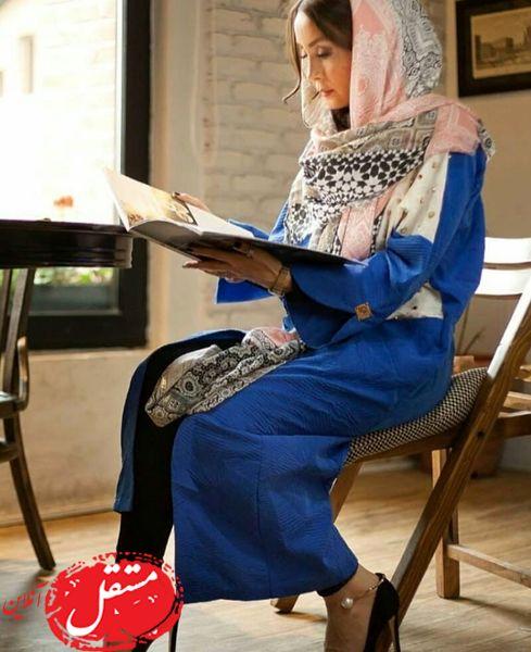 کافه گردی خانم بازیگر با تیپ شیک + عکس