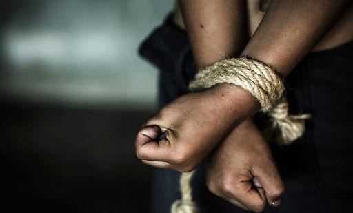 نجات کودک ۵ ساله فهرجی از چنگال آدمربایان!