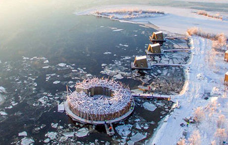 ساخت هتل شناور روی یخ توسط سوئدی +عکس