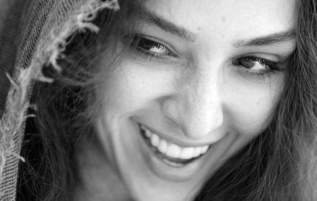 صورت خندان آناهیتا درگاهی + عکس