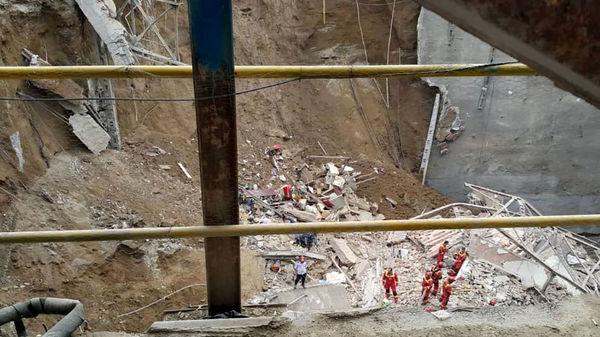 جوان 36 ساله جلوی چشم مردم زنده به گور شد / در اصفهان رخ داد+ عکس