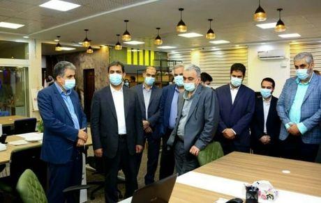 بازدید غریب پور از مرکز نوآوری معادن و صنایع معدنی ایران