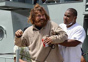 مردی که برای نجات از گرسنگی همسفرش را خورد + تصویر