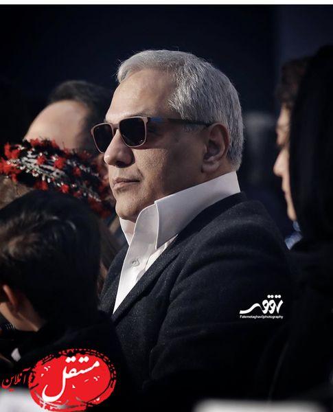 مهران مدیری با ظاهری عجیب در جشنواره فجر حضور یافت + عکس