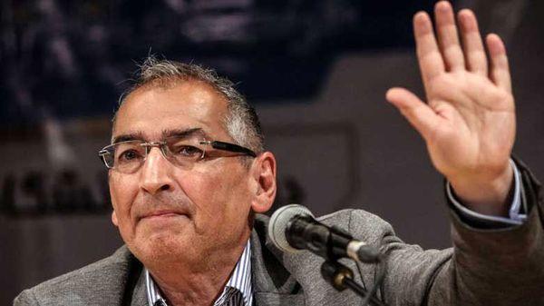 پرویز فتاح در انتخابات ریاست جمهوری ۱۴۰۰ ثبت نام کرد
