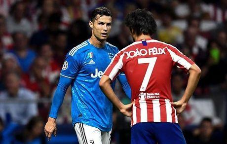 رونالدو مقابل وارث خود بازی کرد!