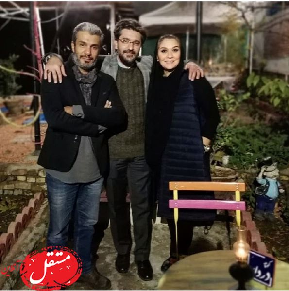 شبگردی آقای بازیگر و همسرش با داور عصر جدید + عکس